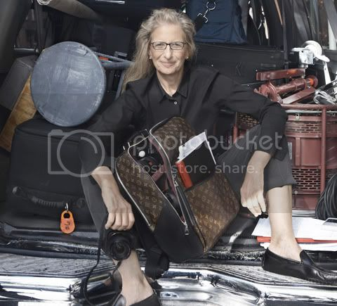 AnnieLeibovitzwithherSpecialOrder Matres du Savoir Faire: Annie Leibovitz