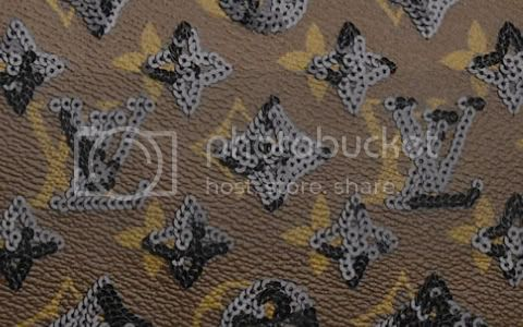 detail Louis Vuitton Monogram Eclipse Speedy 28